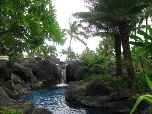 Grand-Hyatt-Kauai-waterfall