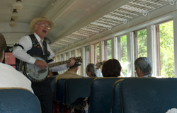 fort-bragg-skunk-train-sing