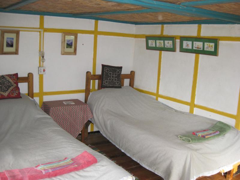 karmi room2
