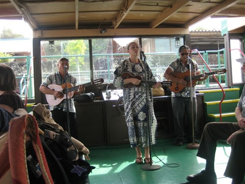 kauai-smiths-boat