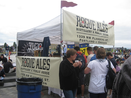 pdx-sat-market-rogue-beer