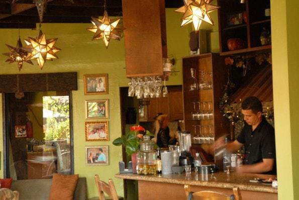 rosarito-mexico-susannas-restaurant-interior