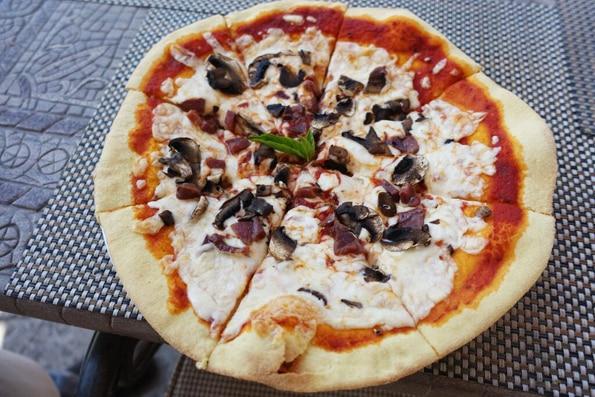 Gluten Free Pizza from Villa Del Palmar Loreto, Mexico