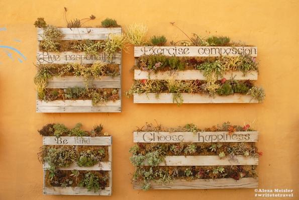 california-carlsbad-village-outdoor-art